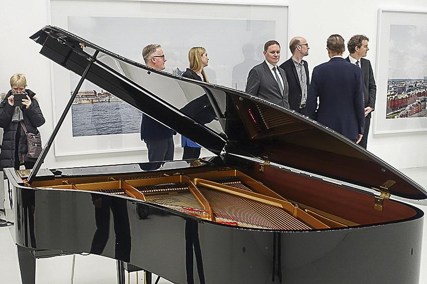 Deichtorhallen Elbphilharmonie Revisited LiamGillickFactoriesInTheSnow