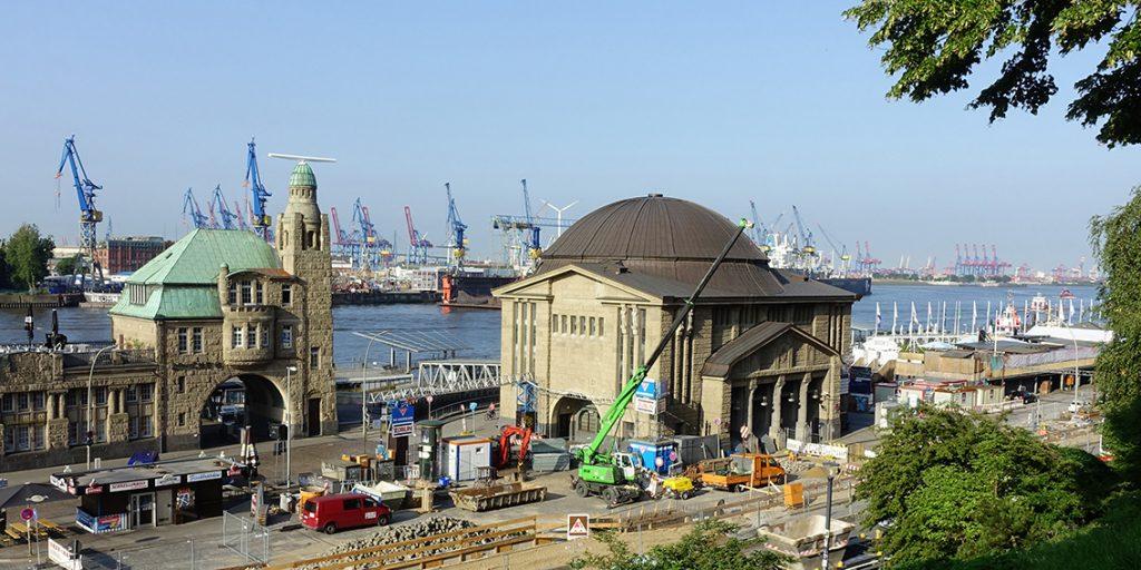 Alter Elbtunnel St. Pauli Hamburg Gebäude Hafen