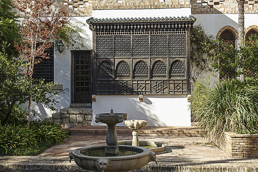 Museum Sa Bassa Blanca Erker aussen