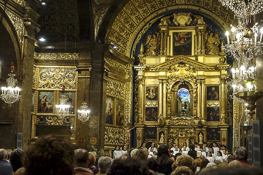 Mallorca Antik Basilica Messe am Palmsontag