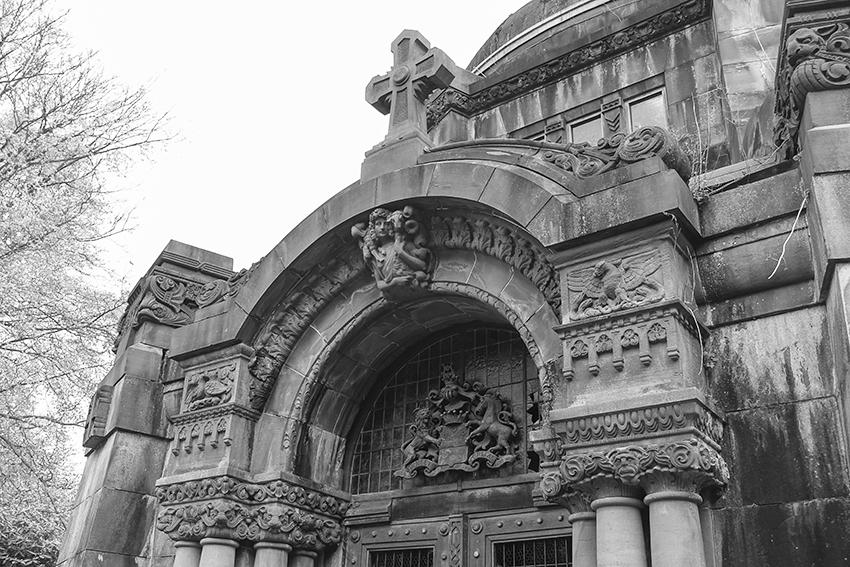 Ohlsdorfer Friedhof Mausoleum Portal