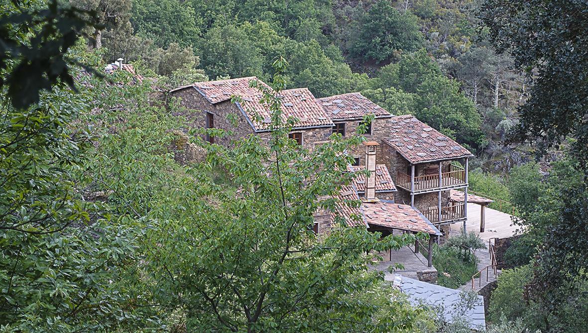 Naturpark Serra da Estrela I Besuch in einem Schieferdorf Schieferdorf Cerdeira Village